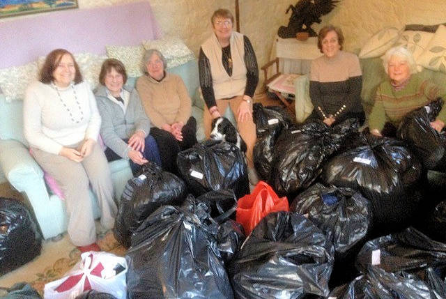 North Walsham Parish Collects Clothes For Calais Refugees
